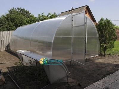 Дачная теплица из поликарбоната шириной 3 м длиной 6 м