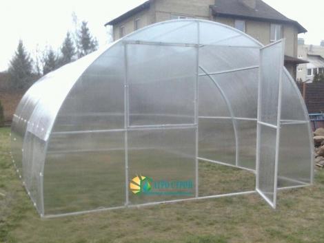 Фермерская теплица из поликарбоната шириной 4 метра